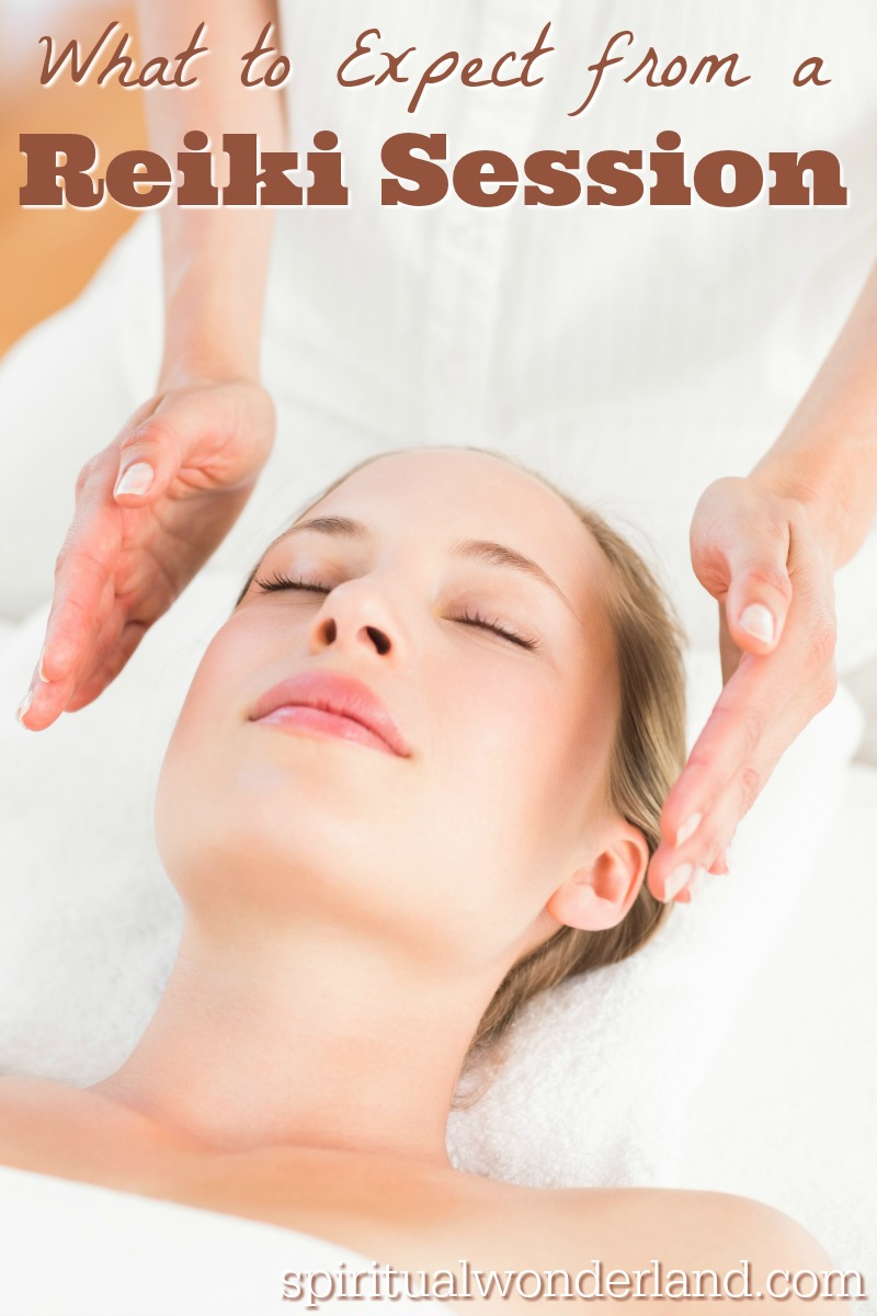 Are you preparing for your first Reiki healing session? Here are some tips on what you can expect during a when working with a Reiki energy healing practitioner.